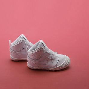 Купить кроссовки Jordan Jordan 1 в интернет магазине Sneakerhead